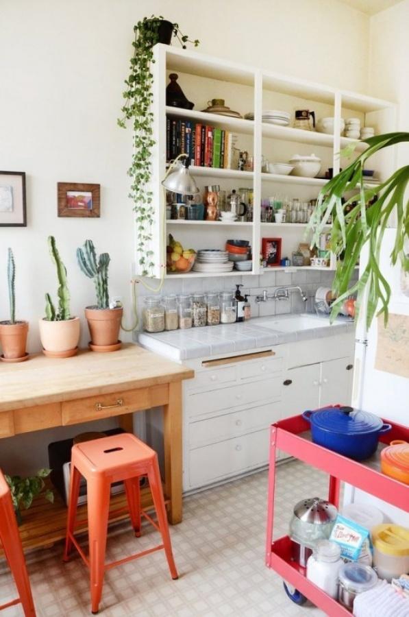 ادوات المطبخ الذكية في شقة الاستوديو