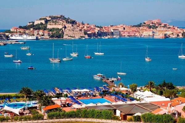 جزيرة ألبا في ايطاليا