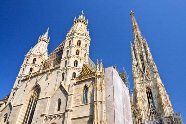 كاتدرائية سانت ستيفن من اهم الاماكن السياحية في فيينا