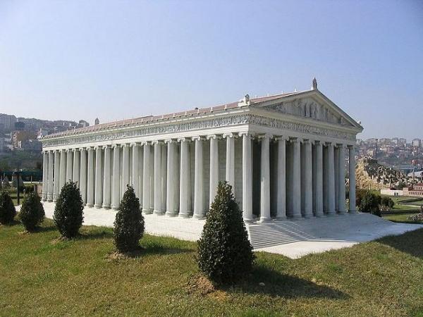من عجائب الدنيا السبع القديمة معبد ارتميس