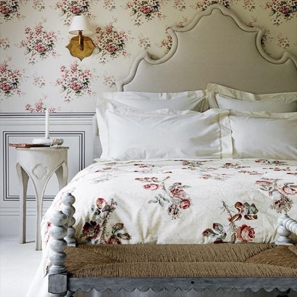 ورق الجدران باشكال الزهور في غرف النوم الرومانسية